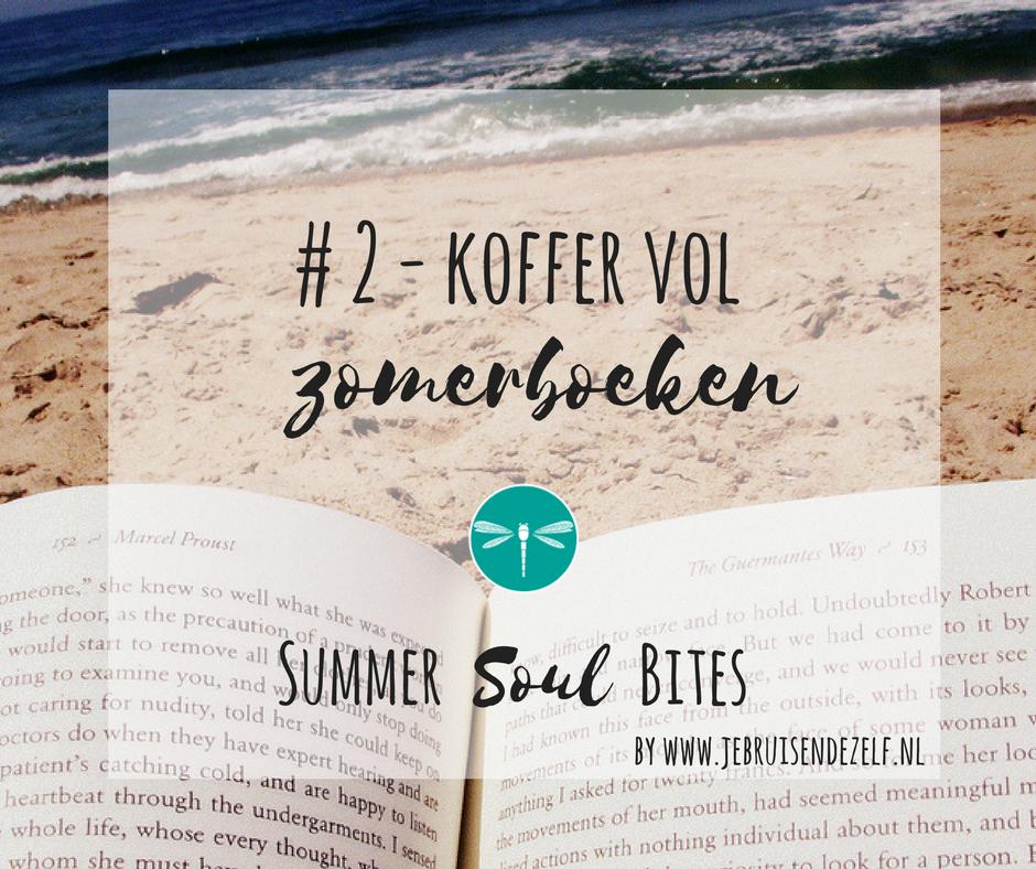 Een boek in je hand, met je blote voeten in het zand. Ultiem zomergevoel!